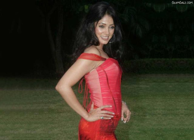 Click to Enlarge - Chak-De Girl Vidya Malvade Wallpapers