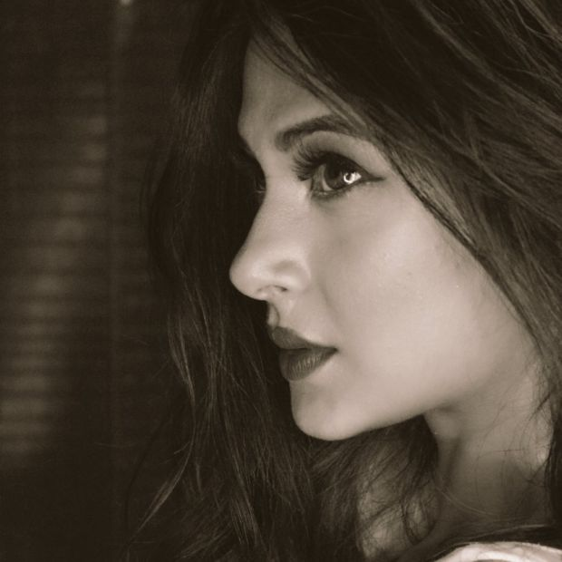 "Actress ""Jennifer Winget"" Biography - Wiki, Pictures ..."