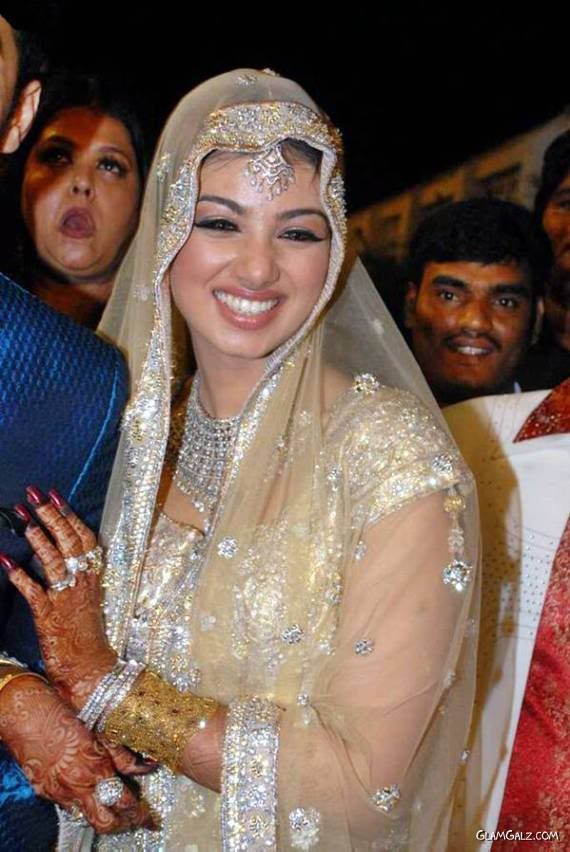 Ayesha Takias Wedding Reception Party