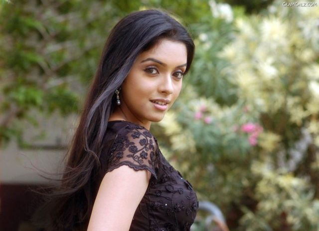 Click to Enlarge - Beautiful Asin Desktop Wallpapers