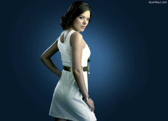 Click to Enlarge - Spicy Udita Goswami Wallpapers